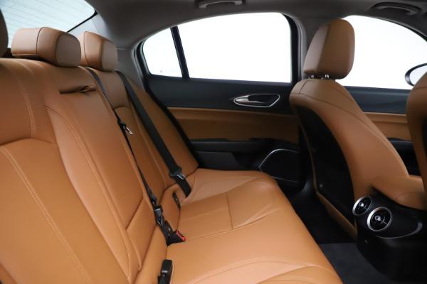 New 2020 Alfa Romeo Giulia Ti Q4 for sale $51,145 at Bentley Greenwich in Greenwich CT 06830 27