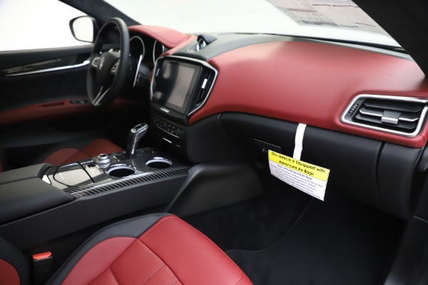 New 2020 Maserati Ghibli S Q4 GranSport for sale Sold at Bentley Greenwich in Greenwich CT 06830 22
