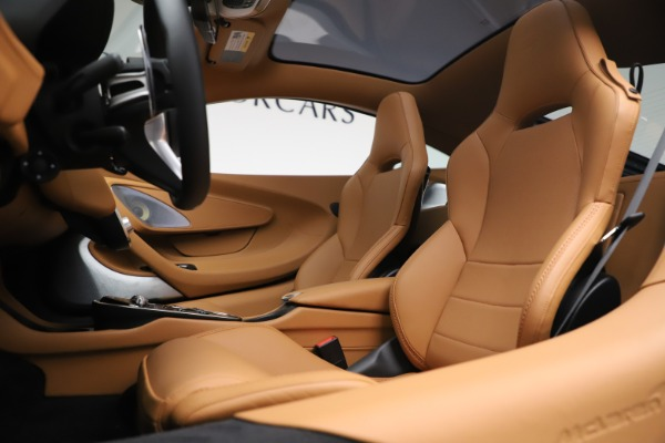 New 2020 McLaren GT Luxe for sale $236,675 at Bentley Greenwich in Greenwich CT 06830 16