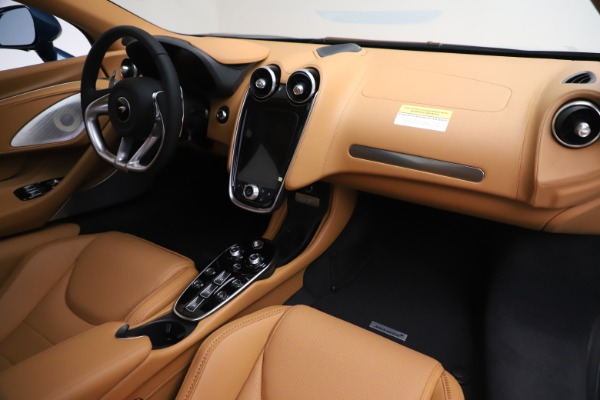 New 2020 McLaren GT Luxe for sale $236,675 at Bentley Greenwich in Greenwich CT 06830 19