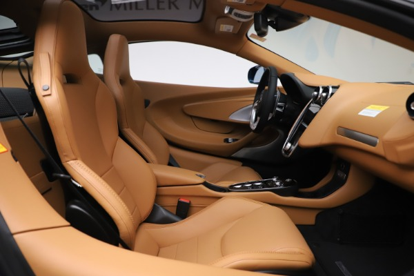 New 2020 McLaren GT Luxe for sale $236,675 at Bentley Greenwich in Greenwich CT 06830 20