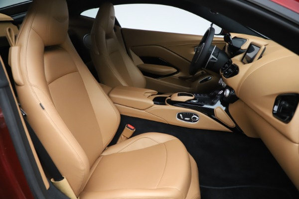 New 2020 Aston Martin Vantage Coupe for sale $185,991 at Bentley Greenwich in Greenwich CT 06830 18