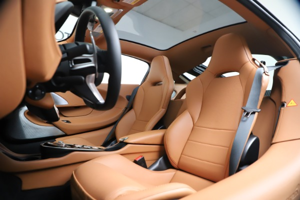 New 2020 McLaren GT Coupe for sale $244,675 at Bentley Greenwich in Greenwich CT 06830 17