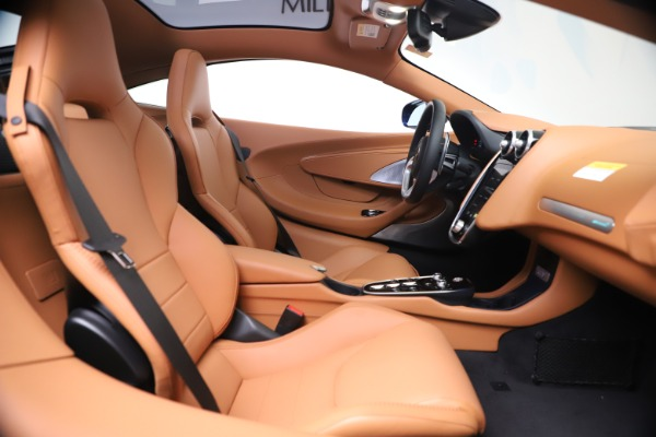 New 2020 McLaren GT Luxe for sale $244,675 at Bentley Greenwich in Greenwich CT 06830 19