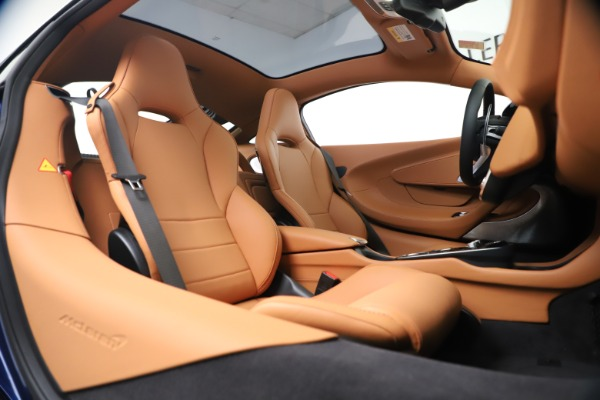 New 2020 McLaren GT Luxe for sale $244,675 at Bentley Greenwich in Greenwich CT 06830 20