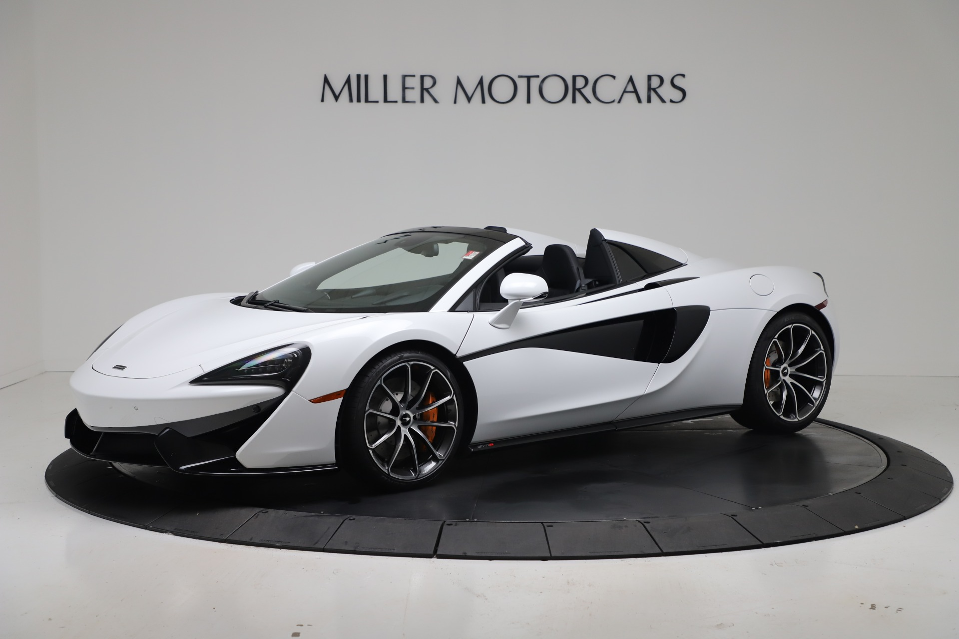 New 2020 McLaren 570S Spider Convertible for sale $231,150 at Bentley Greenwich in Greenwich CT 06830 1