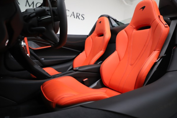 New 2020 McLaren 720S Spider Performance for sale $386,289 at Bentley Greenwich in Greenwich CT 06830 21