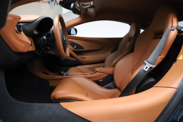 Used 2017 McLaren 570S for sale $149,900 at Bentley Greenwich in Greenwich CT 06830 14