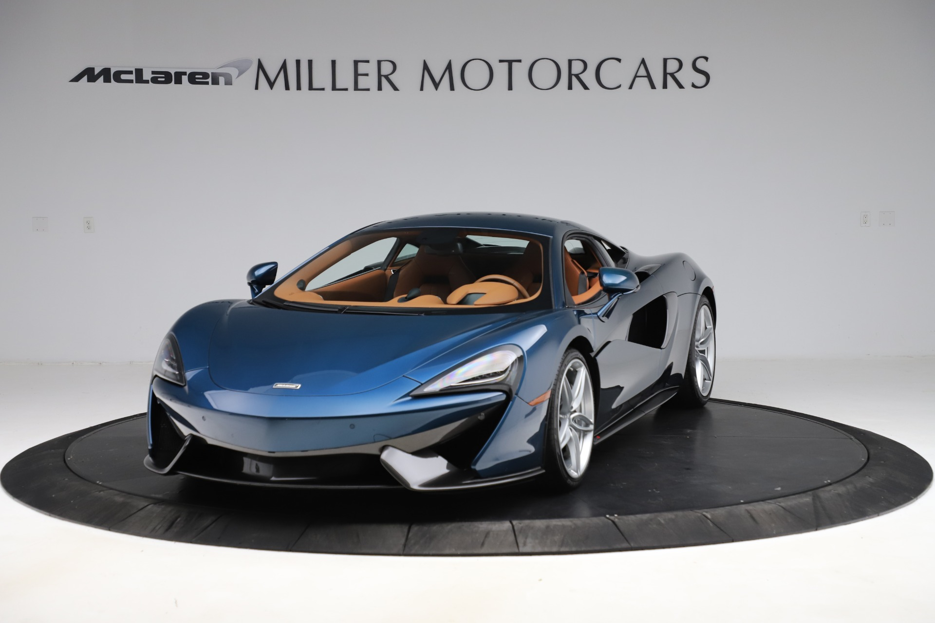 Used 2017 McLaren 570S for sale $154,900 at Bentley Greenwich in Greenwich CT 06830 1