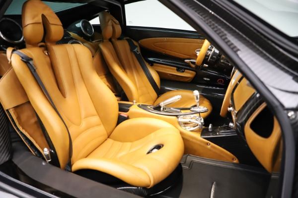 Used 2014 Pagani Huayra Tempesta for sale $2,195,000 at Bentley Greenwich in Greenwich CT 06830 20