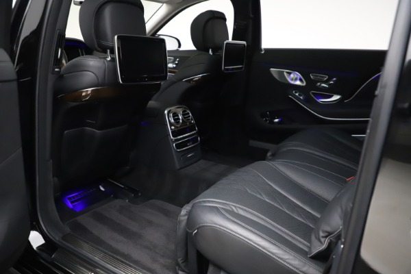 Used 2016 Mercedes-Benz S-Class Mercedes-Maybach S 600 for sale $87,900 at Bentley Greenwich in Greenwich CT 06830 26