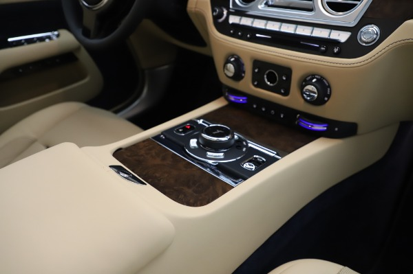 New 2020 Rolls-Royce Dawn for sale $382,100 at Bentley Greenwich in Greenwich CT 06830 28
