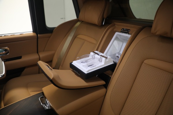 Used 2020 Rolls-Royce Cullinan for sale Call for price at Bentley Greenwich in Greenwich CT 06830 21