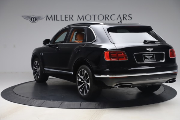 Used 2017 Bentley Bentayga W12 for sale $149,900 at Bentley Greenwich in Greenwich CT 06830 5