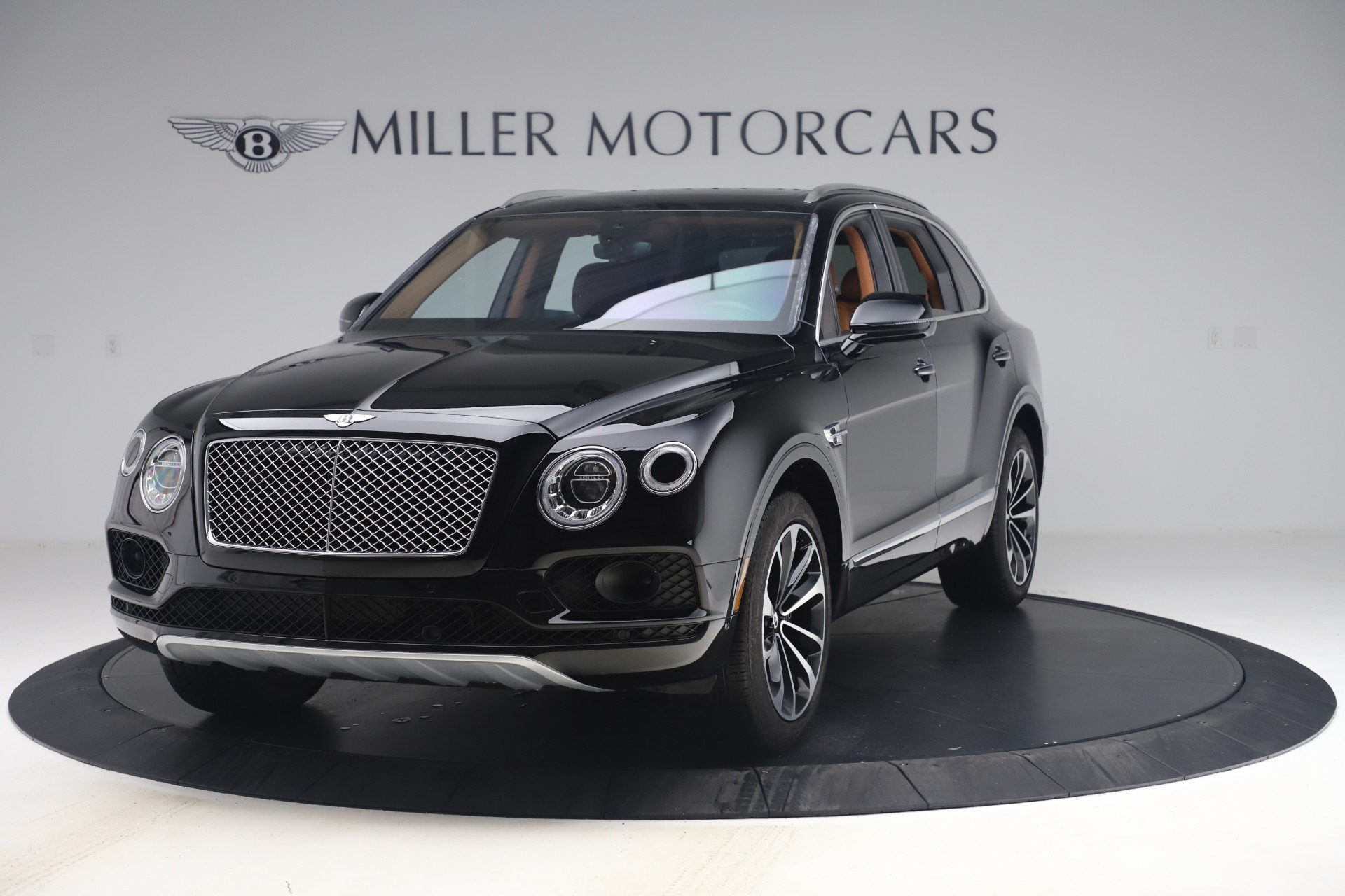 Used 2017 Bentley Bentayga W12 for sale $149,900 at Bentley Greenwich in Greenwich CT 06830 1