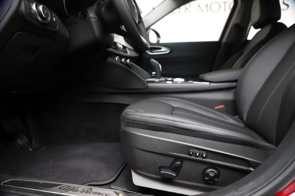 New 2020 Alfa Romeo Giulia Ti Q4 for sale $42,745 at Bentley Greenwich in Greenwich CT 06830 13