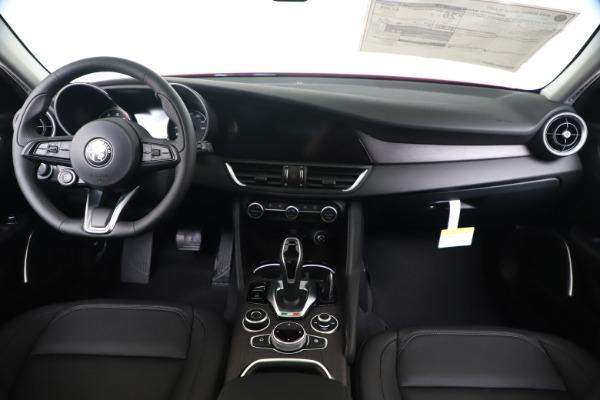 New 2020 Alfa Romeo Giulia Ti Q4 for sale $42,745 at Bentley Greenwich in Greenwich CT 06830 15