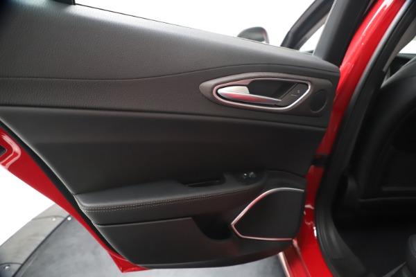 New 2020 Alfa Romeo Giulia Ti Q4 for sale $42,745 at Bentley Greenwich in Greenwich CT 06830 20