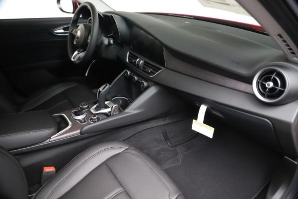New 2020 Alfa Romeo Giulia Ti Q4 for sale $42,745 at Bentley Greenwich in Greenwich CT 06830 21