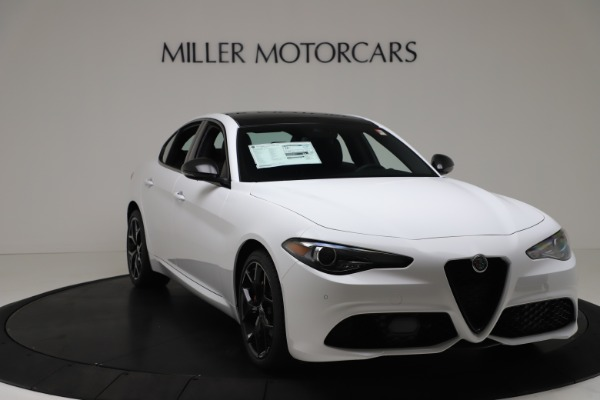 New 2020 Alfa Romeo Giulia Sport Q4 for sale $49,145 at Bentley Greenwich in Greenwich CT 06830 11