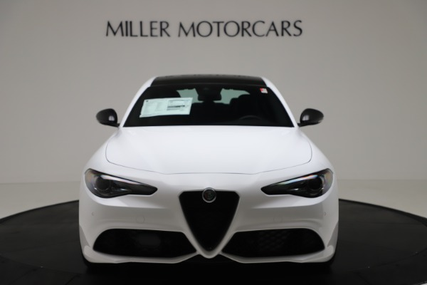 New 2020 Alfa Romeo Giulia Sport Q4 for sale $49,145 at Bentley Greenwich in Greenwich CT 06830 12
