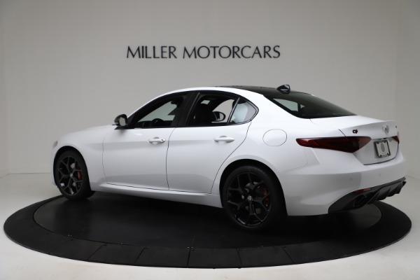 New 2020 Alfa Romeo Giulia Sport Q4 for sale $49,145 at Bentley Greenwich in Greenwich CT 06830 4