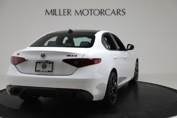 New 2020 Alfa Romeo Giulia Sport Q4 for sale $49,145 at Bentley Greenwich in Greenwich CT 06830 7