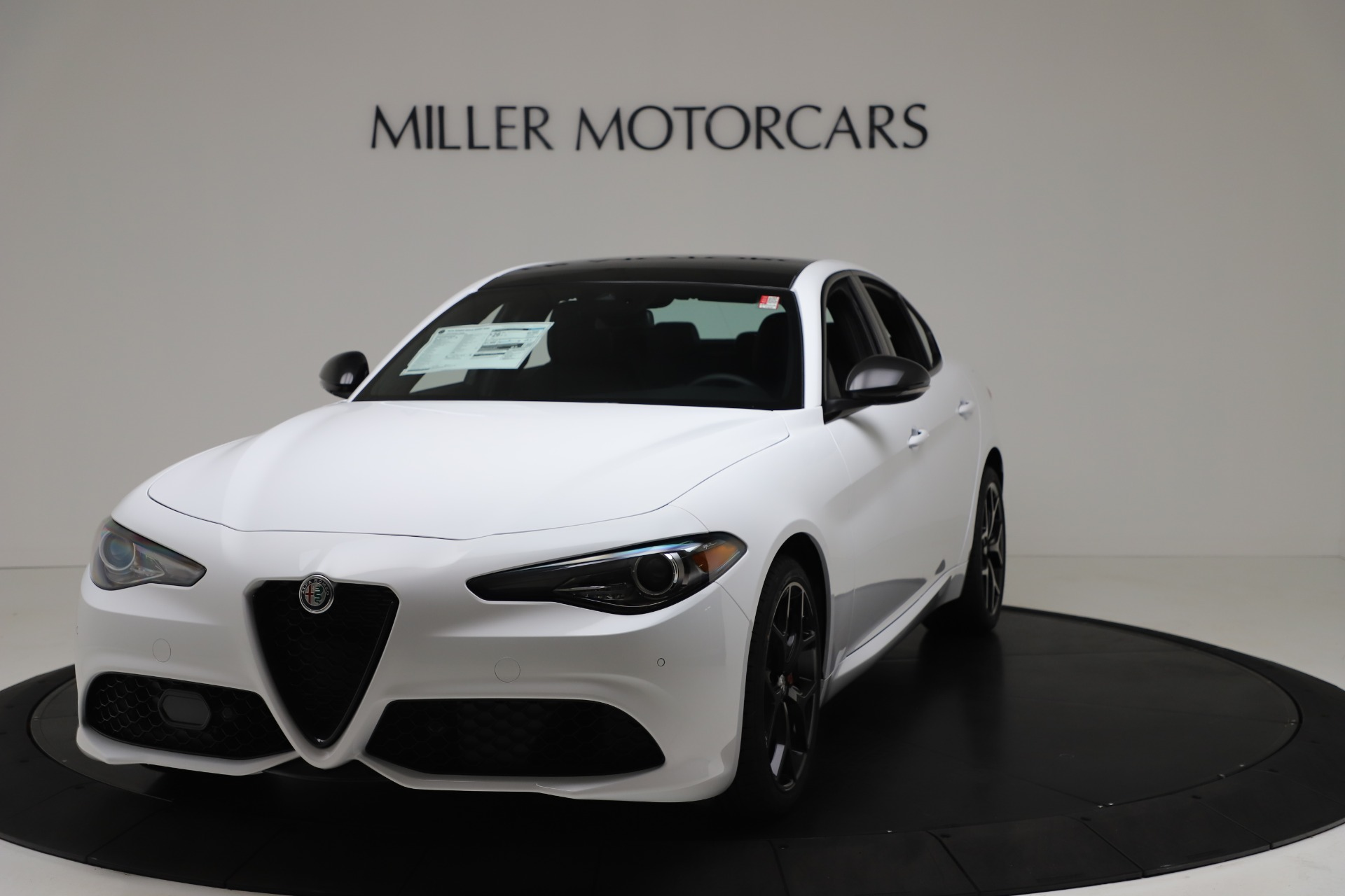 New 2020 Alfa Romeo Giulia Sport Q4 for sale $49,145 at Bentley Greenwich in Greenwich CT 06830 1