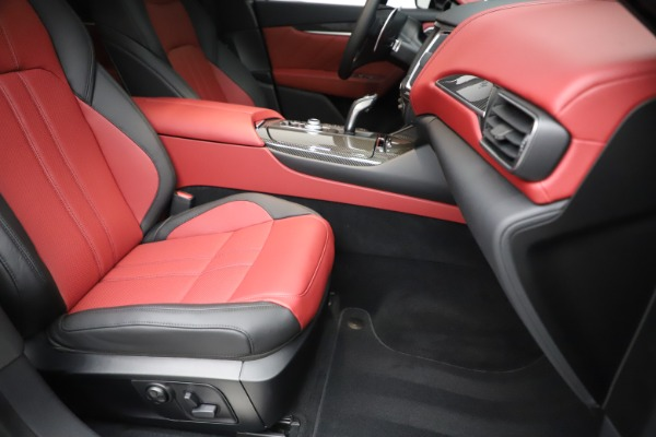 New 2020 Maserati Levante S Q4 GranSport for sale $99,985 at Bentley Greenwich in Greenwich CT 06830 24