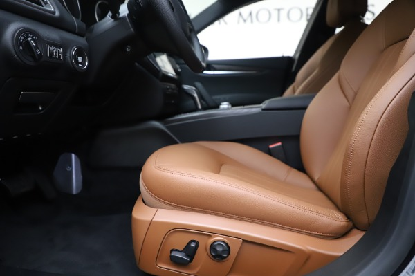 New 2020 Maserati Ghibli S Q4 for sale $82,385 at Bentley Greenwich in Greenwich CT 06830 14