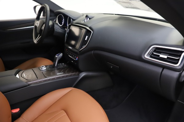 New 2020 Maserati Ghibli S Q4 for sale $82,385 at Bentley Greenwich in Greenwich CT 06830 22