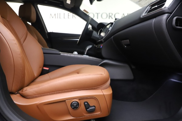New 2020 Maserati Ghibli S Q4 for sale $82,385 at Bentley Greenwich in Greenwich CT 06830 23