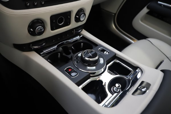 Used 2017 Rolls-Royce Dawn Base for sale Call for price at Bentley Greenwich in Greenwich CT 06830 25