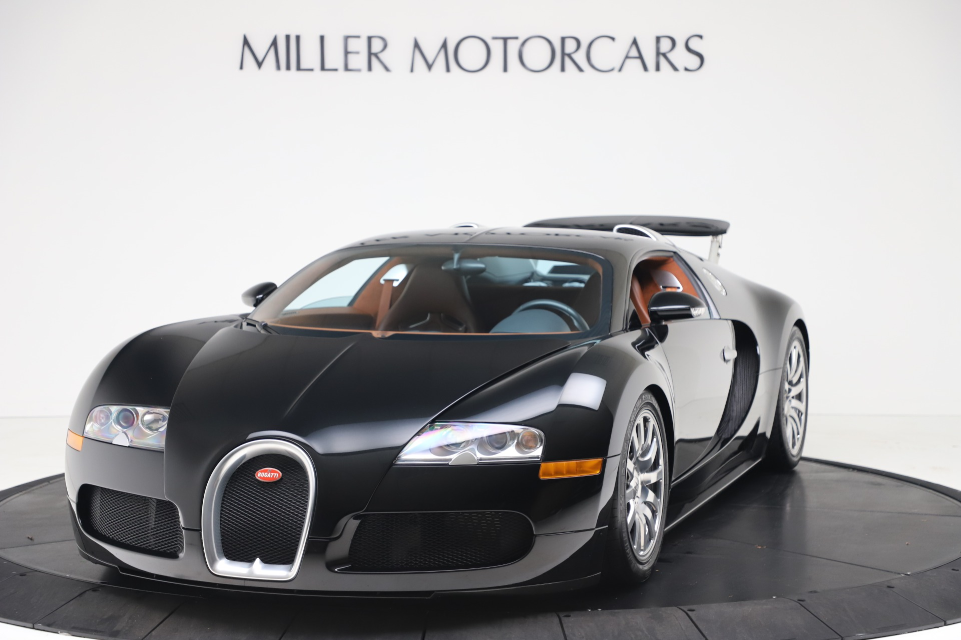 Used 2008 Bugatti Veyron 16.4 for sale Call for price at Bentley Greenwich in Greenwich CT 06830 1