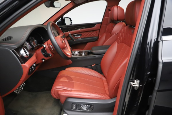 Used 2017 Bentley Bentayga W12 for sale $145,900 at Bentley Greenwich in Greenwich CT 06830 18