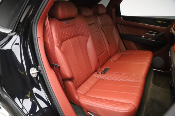 Used 2017 Bentley Bentayga W12 for sale $145,900 at Bentley Greenwich in Greenwich CT 06830 28