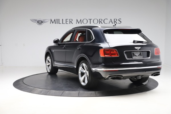 Used 2017 Bentley Bentayga W12 for sale $145,900 at Bentley Greenwich in Greenwich CT 06830 5