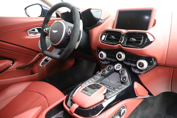 New 2020 Aston Martin Vantage for sale $177,481 at Bentley Greenwich in Greenwich CT 06830 18