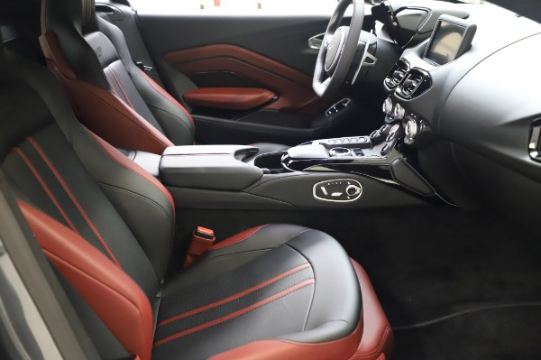 New 2020 Aston Martin Vantage Coupe for sale $182,781 at Bentley Greenwich in Greenwich CT 06830 18