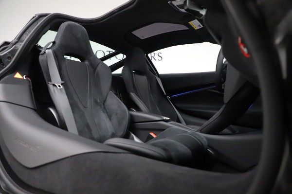 New 2020 McLaren 720S Coupe for sale $349,050 at Bentley Greenwich in Greenwich CT 06830 20