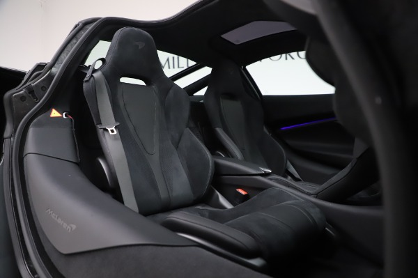 New 2020 McLaren 720S Coupe for sale $347,550 at Bentley Greenwich in Greenwich CT 06830 18