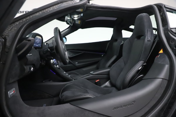New 2020 McLaren 720S Coupe for sale $347,550 at Bentley Greenwich in Greenwich CT 06830 19