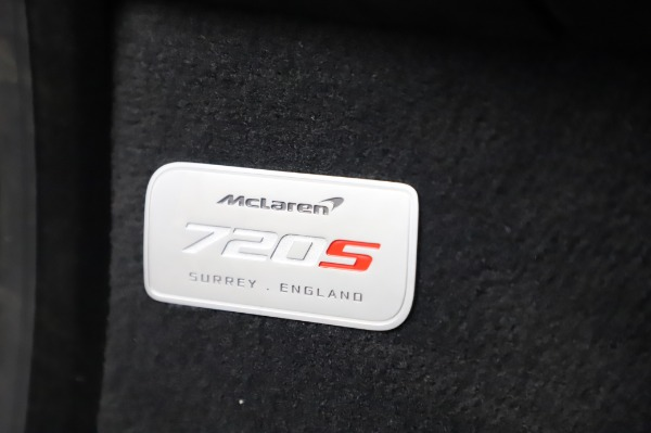 New 2020 McLaren 720S Coupe for sale $347,550 at Bentley Greenwich in Greenwich CT 06830 26