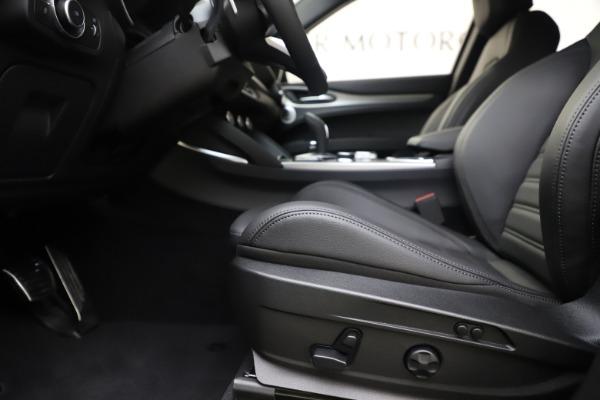 New 2020 Alfa Romeo Stelvio Ti Sport Q4 for sale $57,945 at Bentley Greenwich in Greenwich CT 06830 14
