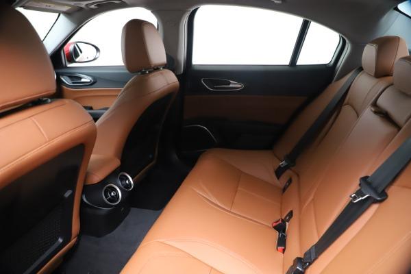 New 2020 Alfa Romeo Giulia Q4 for sale $46,395 at Bentley Greenwich in Greenwich CT 06830 19
