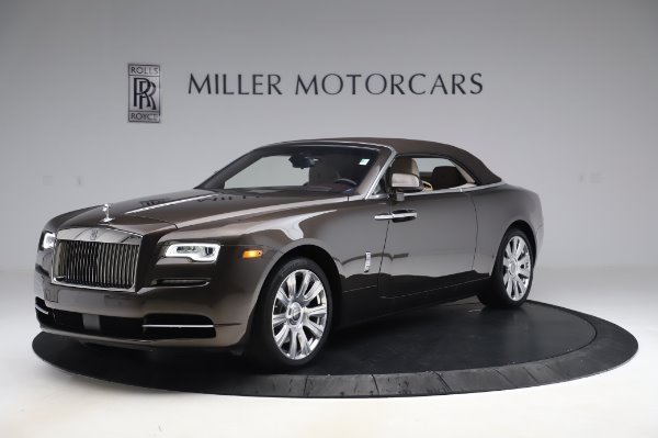 Used 2017 Rolls-Royce Dawn Base for sale $248,900 at Bentley Greenwich in Greenwich CT 06830 13