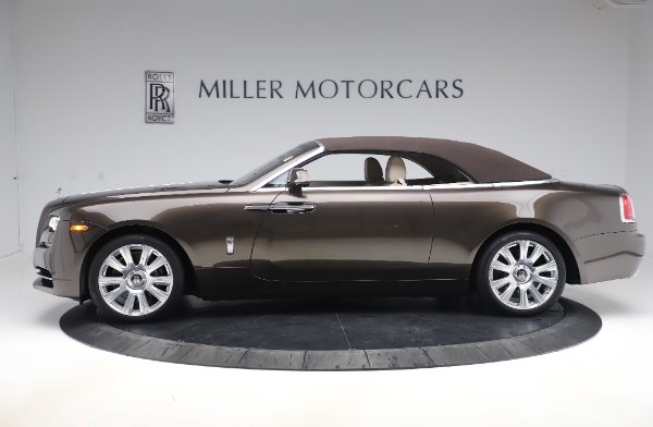 Used 2017 Rolls-Royce Dawn Base for sale $248,900 at Bentley Greenwich in Greenwich CT 06830 14