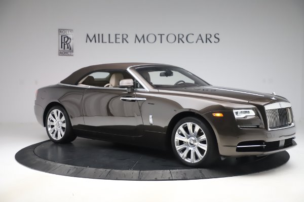 Used 2017 Rolls-Royce Dawn Base for sale $248,900 at Bentley Greenwich in Greenwich CT 06830 19
