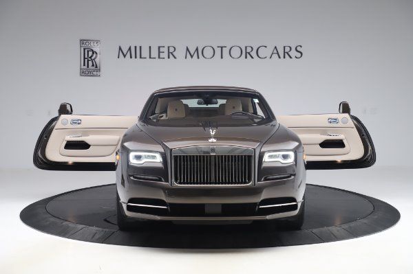 Used 2017 Rolls-Royce Dawn Base for sale $248,900 at Bentley Greenwich in Greenwich CT 06830 20