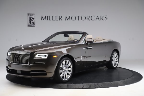 Used 2017 Rolls-Royce Dawn Base for sale $248,900 at Bentley Greenwich in Greenwich CT 06830 3
